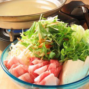 大曽根であぐー豚が味わえる居酒屋【カリカリ熱々肉汁餃子 うりずん 大曽根店】